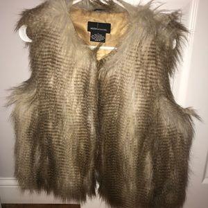 Faux Fur Vest (Brown/Neutral)